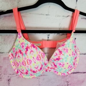 VICTORIA'S SECRET PINK WEAR EVERYWHERE PUSH UP 34C